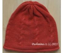 Nošená čepice červená